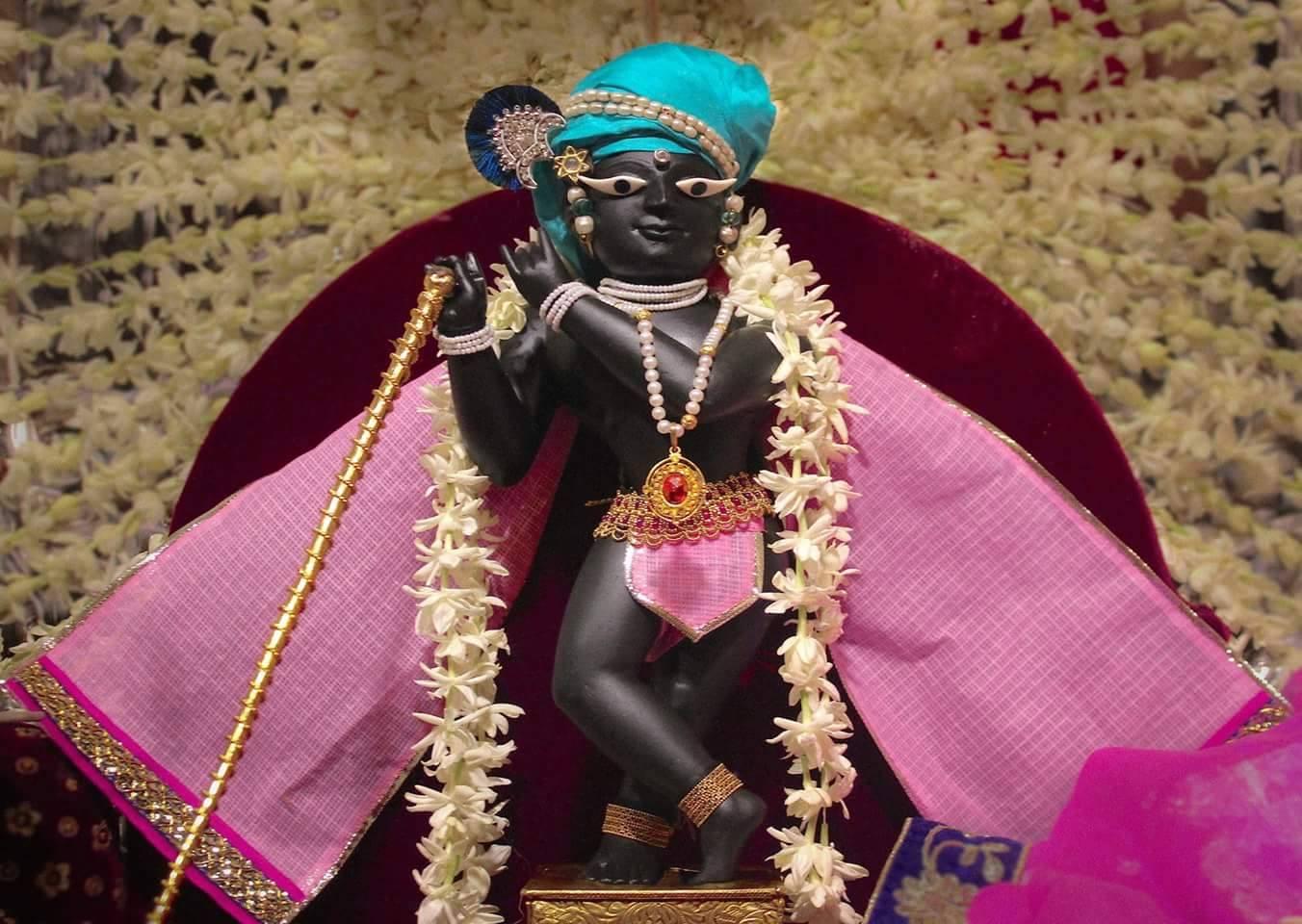 Sri Radha Raman Lal – Sri Radha Raman