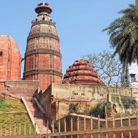 vrindavan-madan-mohan-temple-1489198482-orijgp